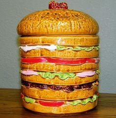 Hamburger cookie jar--- oh my. Kinds Of Cookies, Fancy Cookies, Vintage Cookies, Cute Cookies, Hamburger Cookies, Antique Cookie Jars, Bobs Burgers, Biscuit Cookies, Cookie Decorating