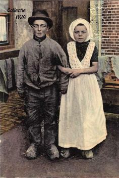 Lein de Nooijer met zijn meisje (later zijn vrouw) Grietje van Eenennaam