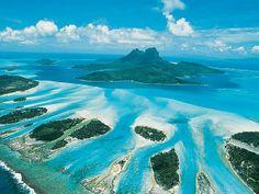 Bora Bora, Polinésia Francesa - Considerada a ilha mais romântica da Polinésia Francesa, Bora Bora é destino tradicional para casais em lua de mel há mais de 40 anos.