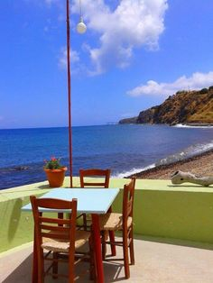 Little cafe in Nissyros , Greece I can see us in this exact spot having a great time =) Dream Vacations, Vacation Spots, Places To Travel, Places To See, Places Around The World, Around The Worlds, Greece Travel, Greek Islands, The Good Place