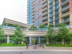 Nuvo At Essex - 2 Bedroom Units With 5-Star Amenities At Viking Lane, Toronto