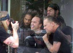 Metallica on vacation))