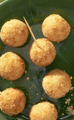Cheesy RITZ Potato Balls ==