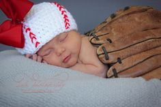 Newborn Photography Girl - Sports - Baseball - cute Blog — LaLa Photography