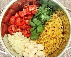 One Pot Pasta Tomate-Mozzarella, ein beliebtes Rezept aus der Kategorie Pasta. Bewertungen: 2. Durchschnitt: Ø 3,8.