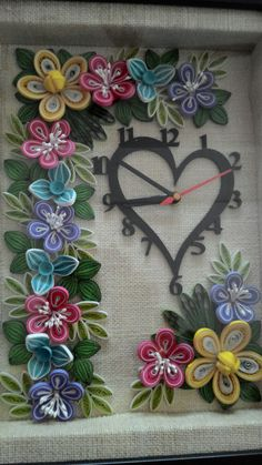 Quilled wall clock by RoMo Quilling