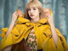 Jennie Lisa, Blackpink Lisa, South Korean Girls, Korean Girl Groups, Rapper, Lisa Blackpink Wallpaper, Pink Images, Black Pink Kpop, Uzzlang Girl