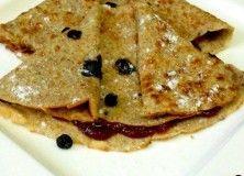 Clatite cu afine si gem dietetic  http://www.aromazen.ro/meniu/desert/clatite-cu-afine-si-gem-dietetic/