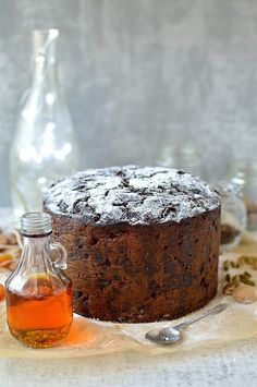 Rich Christmas fruitcake packed full of rum soaked fruit. Make in advance and feed regularly with rum, whiskey, brandy or sherry (Christmas Recipes Fruit) Christmas Cooking, Christmas Desserts, Christmas Treats, Christmas Cakes, Christmas Fruitcake, Holiday Baking, Let Them Eat Cake, Holiday Recipes, Christmas Recipes