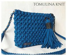 Crochet Clutch, Pouch, Wallet, Knitted Bags, Crochet Bags, Warm And Cozy, Dream Catcher, Purses And Bags, Projects To Try