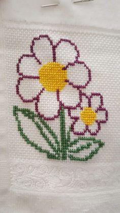 Cross Stitch Borders, Cross Stitch Designs, Kutch Work, Crochet Flowers, Cross Stitch Embroidery, Needlepoint, Needlework, Elsa, Diy And Crafts