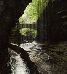 watkins glen state park...so gorgeous! must go there! http://media-cache6.pinterest.com/upload/199284352231265776_QY5caG2Y_f.jpg raeofliight nature