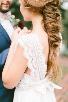 Boho wedding dress | Photography: Brianna Wilbur - http://briannawilbur.com/