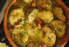 Merluza al azafrán. Hake to the saffron. #cooking  #cocina   #dinners  #cenas  #recipes   #recetas  #spain  #food   #alimento