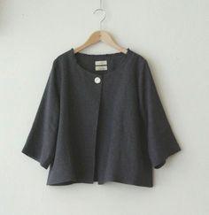 lovely linen jacket by LINNET リネンドレス