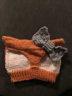 Another fox hat (pattern credit Katy Tricot) plus a bow