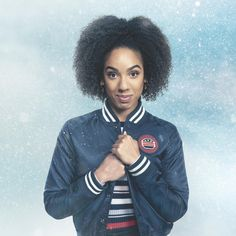 """Doctor Who Official (@bbcdoctorwho) on Instagram: """"Bill is back! Pearl Mackie returns in Twice Upon a Time, coming Christmas, 2017. #CannotWait…"""""""