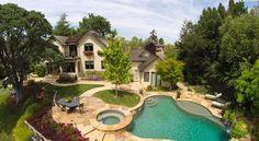 A Backyard Paradise in Silicon Valley, CA