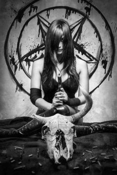 sexy occult lady doing weird things to a skull. Dark Gothic, Gothic Art, Gothic Girls, Gothic Metal, Arte Horror, Horror Art, Beautiful Dark Art, Satanic Art, Arte Obscura