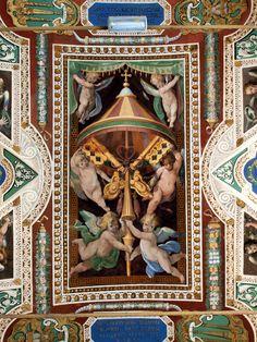 Ceiling_photo-Fotografiado en el Museo del Vaticano. Breviarium ROMANUM propriis SANCTORUM ALIQVOT Officiis AVXIT.
