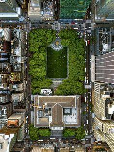 Manhattan vue du ciel  Plus de découvertes sur Drone Trend.fr #drone #uav #robot