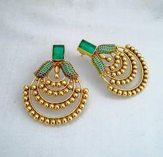 Jewelry Design Earrings, Gold Earrings Designs, Gold Jewellery Design, Designer Earrings, Fashion Earrings, Beaded Jewelry, Antique Earrings, Antique Jewelry, Gold Jewelry Simple