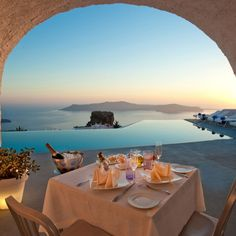 Grace Santorini Hotel, Greece | Honeymoon Inspiration: 10 Most Romantic Tables for Two #honeymoon