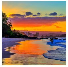 Rainbow Bay Beach, near Coolangatta, Queensland - beautiful sunset water reflections Sky Sunset, Sunrise, Scenery Photography, I Love The Beach, Water Reflections, Autumn Harvest, Alba, Beautiful Sunset, Gold Coast