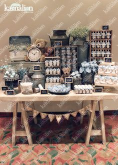 www.kamalion.com.mx - Mesa de Dulces / Candy Bar / Postres / Teddy / Azul / Blue / Rustic Decor / Dulces / Vintage / Madera / Lechero / Maletas / It's a boy / Vintage / Cupcakes / Macaroons / Bautizo. Baby Shower Deco, Baby Shower Vintage, Baby Shower Parties, Baby Boy Shower, Candy Table, Candy Buffet, Dessert Buffet, Dessert Bars, Cake Designs For Girl