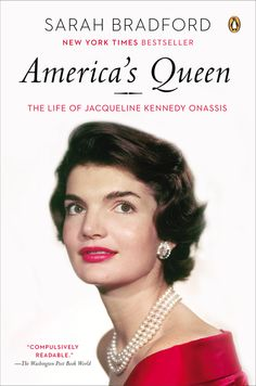 Acclaimed biographer Sarah Bradford explores the life of Jacqueline Kennedy Onassis in AMERICA'S QUEEN, the woman who has captivated the public for more than five decades, in a definitive portrait that is both sympathetic and frank. With an extraordinary range of candid interviews—many with people who have never spoken in such depth on record before—Bradford offers new insights into the woman behind the public persona.