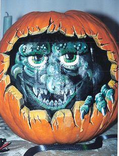 Painted Pumpkin- The Hole Thing Pumpkin art, monster, jackolantern, All paint on an uncut pumpkin by: Lee Ryfun. Halloween Kunst, Halloween Gourds, Halloween Artwork, Fall Halloween, Halloween Ideas, Pumpkin Art, Pumpkin Ideas, Pumpkin Painting, Amazing Pumpkin Carving