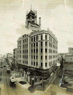 Bacardi, Cuban Architecture, Havana Hotels, Cuba Pictures, Cuba History, Vintage Cuba, Cuban People, Viva Cuba, Havana Cuba