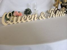 Queen & King wooden signs wedding table decor. King by svetulka
