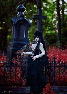 Model: Mira Nox... - Gothic and Amazing