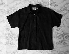 ⍆ now available: black linen button down top / 70s vintage linen boxy shirt / m / $58 #vintage #womenshirt #linen #blacktop #vintageshop #minminvintageshop