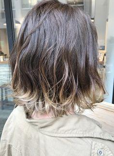すそカラーボブ(髪型ボブ) Hair Streaks, Love Hair, Ombre Hair, Bob Hairstyles, Dyed Hair, Hair Inspiration, Videos, Fashion Beauty, Short Hair Styles