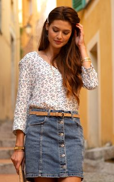 #terreetmer #nice #frenchriviera French Riviera, Denim Skirt, Nice, Blouse, Skirts, Fashion, Surf And Turf, Blouse Band, Moda