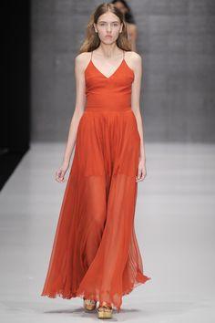 Yasya Minochkina Russia Spring 2016 Fashion Show