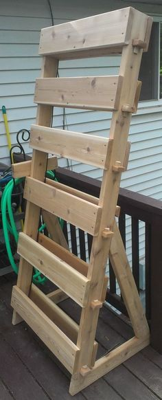 Have you ever seen an Herb Garden Tower made with Cedar Wood? This step by step picture diy will show some of the process for building our Vertical Garden Herb Tower. Vertical Vegetable Gardens, Diy Herb Garden, Vertical Garden Diy, Indoor Garden, Vertical Planting, Garden Trellis, Palette Deco, Pot Jardin, Tower Garden