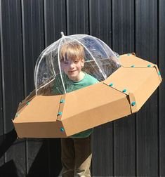 With this fun free DIY Cardboard spaceship ( UFO ) template that ZygoteBrown Designs developed, you can make this DIY Cardboard spaceship ( UFO ) in no time! which is a great addition to any dress-up box or for that next costume for Halloween . Cardboard Spaceship, Spaceship Craft, Cardboard Costume, Cardboard Crafts, Costume Halloween, Halloween Diy, Alien Halloween, Ufo, Outer Space Costume