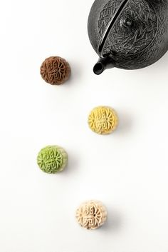 Peach Garden Mooncake Selection 2014