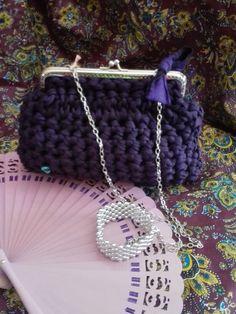 Bolso cuadrado Fiesta,en Trapillo violeta.