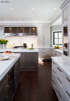 I want this whole kitchen!!