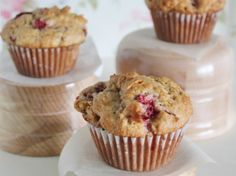 Rhubarb Muffins with or without streusel topping.but we all know the streusel is where it's at ;)Strawberry Rhubarb Muffins with or without streusel topping.but we all know the streusel is where it's at ; Strawberry Rhubarb Muffins, Muffins Blueberry, Rhubarb Recipes With Strawberries, Flaxseed Muffins, Rhubarb Desserts, Strawberry Cupcakes, Zucchini Muffins, Healthy Muffins, Muffin Recipes
