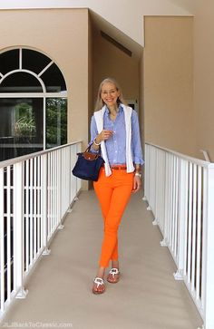 Classic-Fashion-Over-40-Ralph-Lauren-Gingham-Shirt-Premier-Cropped-Skinny-Jean-Longchamp-Bag