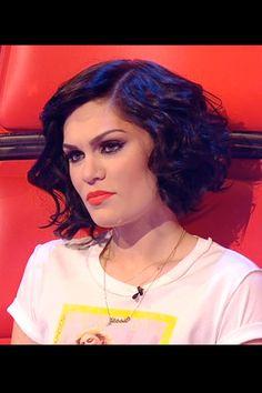 Jessie J's short curly bob