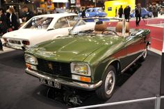 #Peugeot #cabriolet #304S #peugeot304  #1975 #salon #retromobile #paris