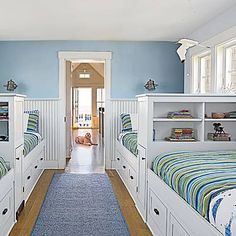 Cute bunk room with privacy