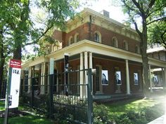 Illinois's Scariest REAL Haunted Houses