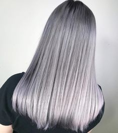 Silver ombré by @oliver_hair pre-toned with the Fanola No Yellow shampoo.  Would you get this look?